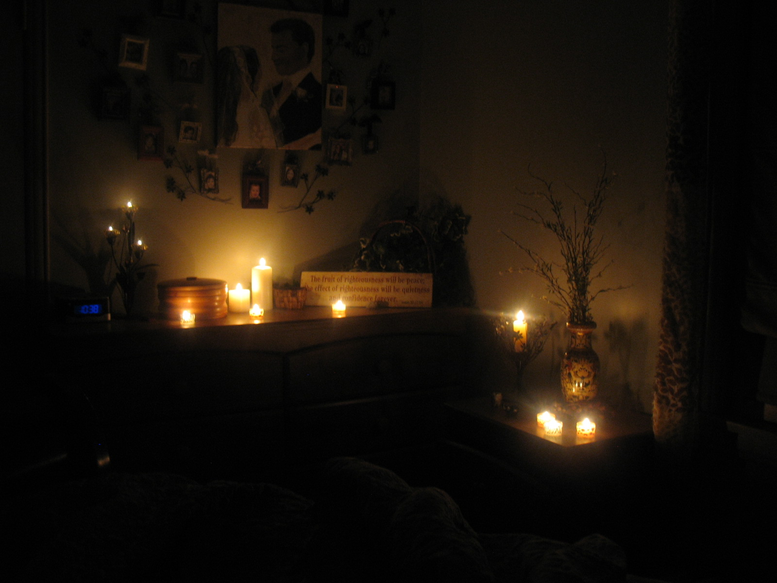 I Am Not A Photographer Obviously And It Is Complete But Wanted To Share With You Some Pictures Of Our Room Love Candles