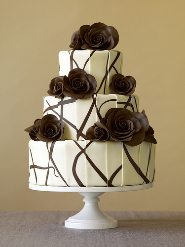traditional wedding cake - wedding cake