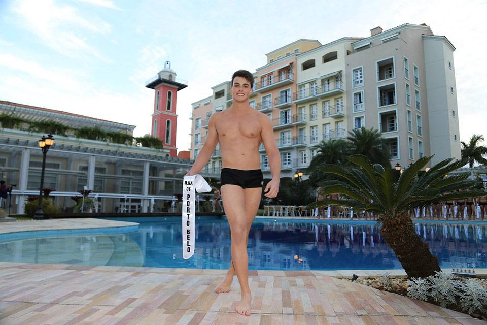 Mister Ilha de Porto Belo - Gean Salfer, 21 anos, 1,85 m - Foto: Leonardo Rodrigues