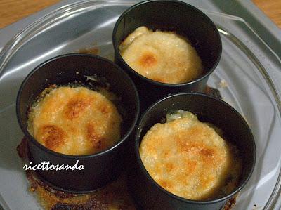 Tortini di sedano rapa cime di rapa e taleggio prepariamo gli stampi