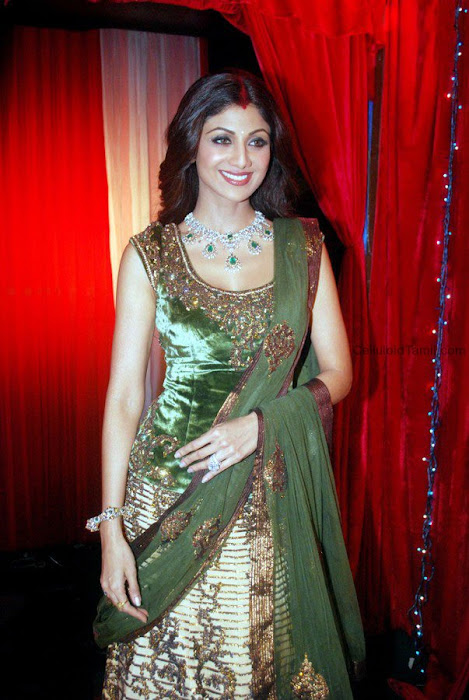 bollywood shilpa shetty in ghagra