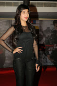 Shruti Haasan at Yevadu App Launch event-thumbnail-8
