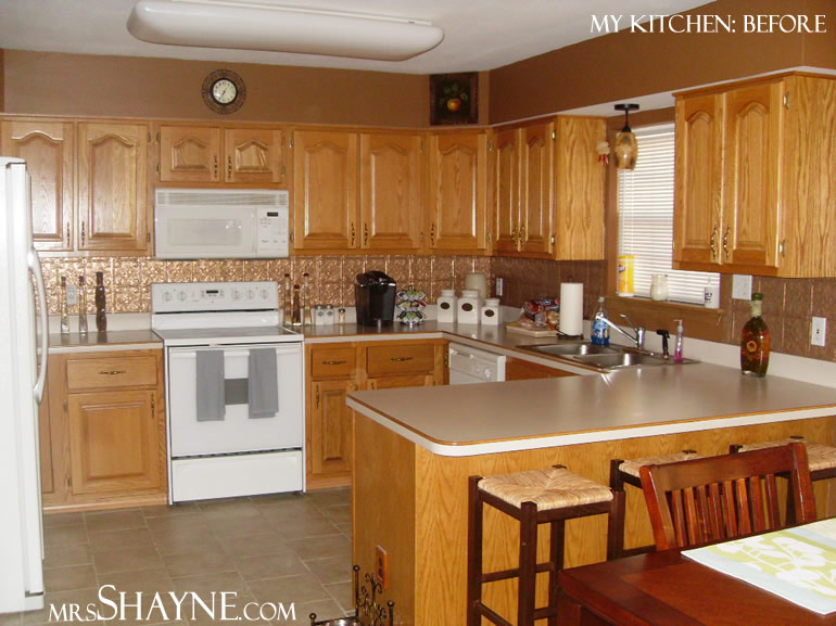 Oak kitchen cabinets casual cottage for Kitchen remodel oak cabinets