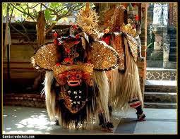 16 Tempat Wisata Yang Paling Menarik  Di Bali - Tari Barong