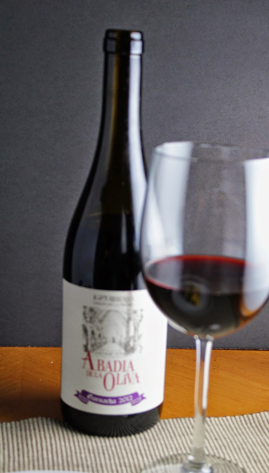 Abadia de la Oliva Garnacha, a good value wine from Spain. Cooking Chat #winePW post