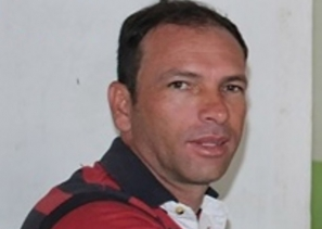 """""""Téo do Vitória"""": familiares oferecem recompensa por informações sobre assassino"""