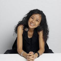 Melinda Looi (MALAYSIAN FASHION DESIGNER)