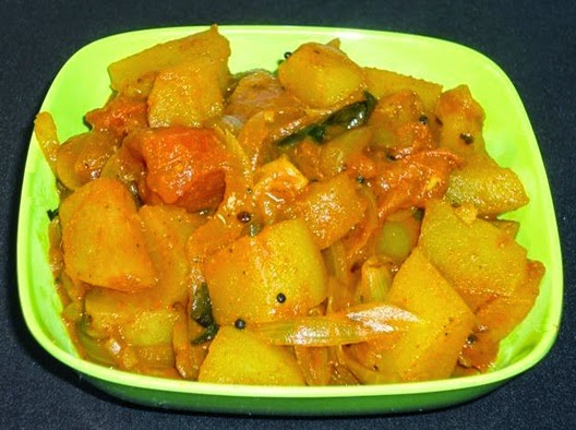 Batata bhaaji in a serving bowl