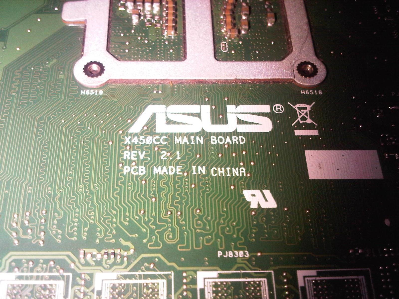 Menurut saya laptop notebook ini tidak seperti yang lain lain jangan jangan Asus model x series seperti ini semua Keyboard Laptop Notebook ini bult in