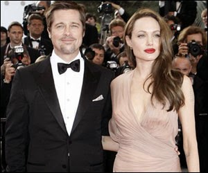 Video of Angelina Jolie and Brad Pitt at Maleficent Red Carpet