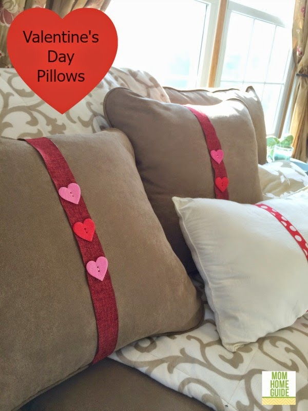 valentines-day-throw pillows
