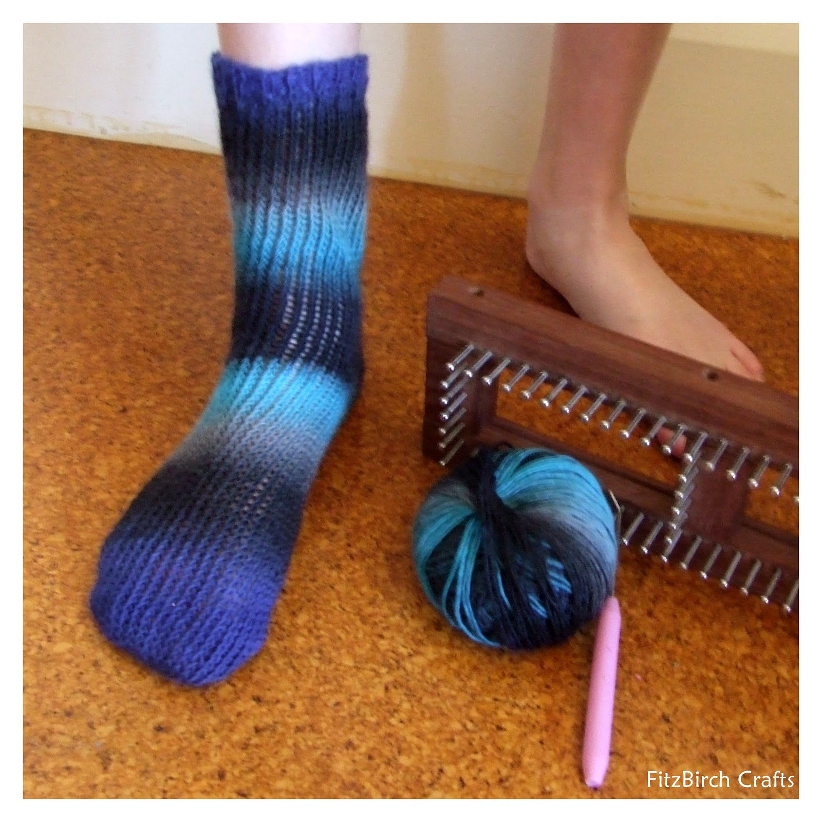 Knitting Loom Uses : Fitzbirch crafts loom knit socks