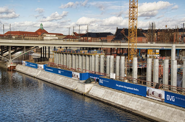 Baustelle HumboldtHafenEins, Alexanderufer / Kapelle-Ufer, 10117 Berlin, 09.07.2013