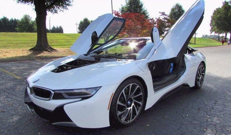 BMW i8 試乗
