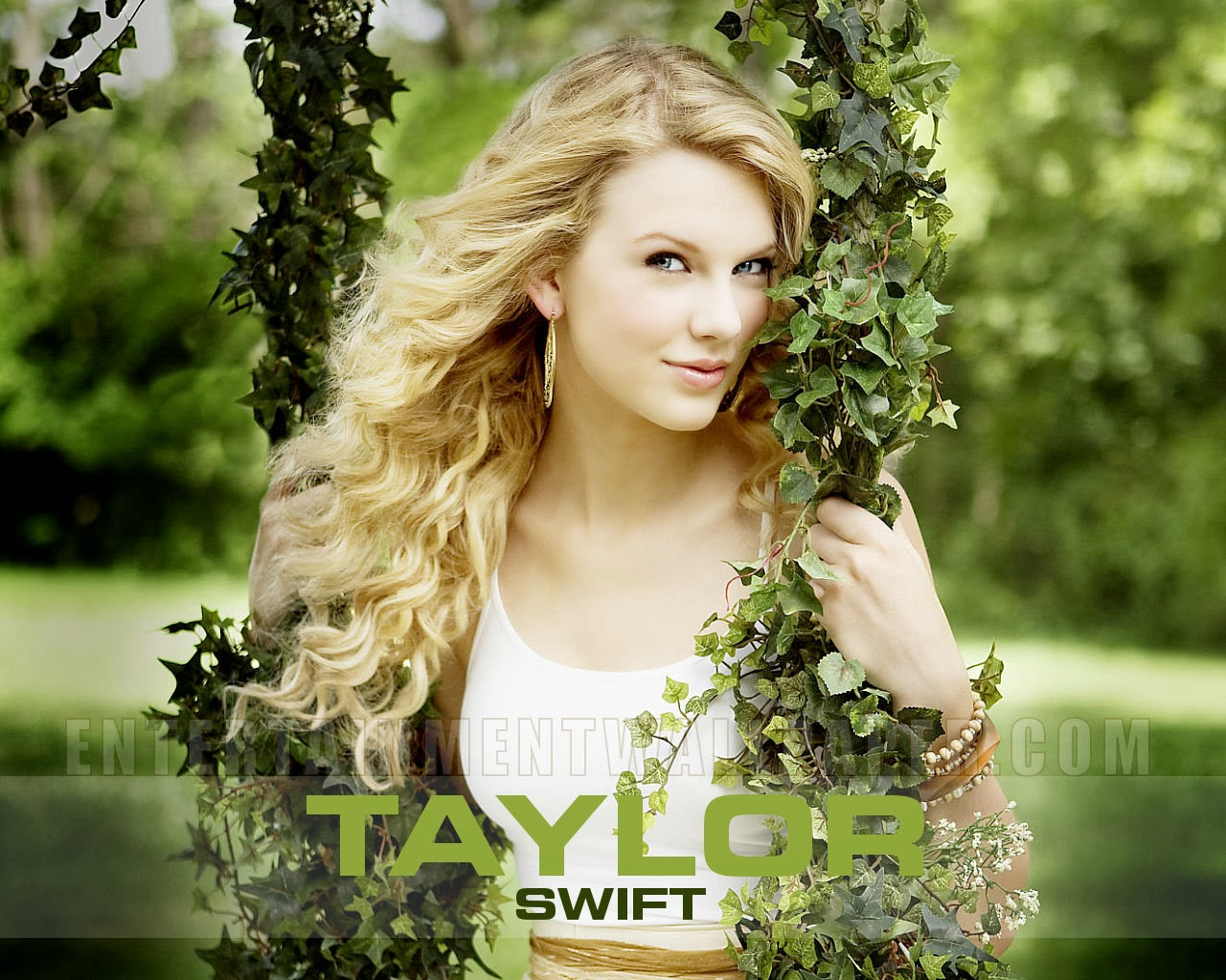 Top hd wallpapers taylor swift latest hd wallpapers 2013 taylor swift latest hd wallpapers 2013 voltagebd Gallery