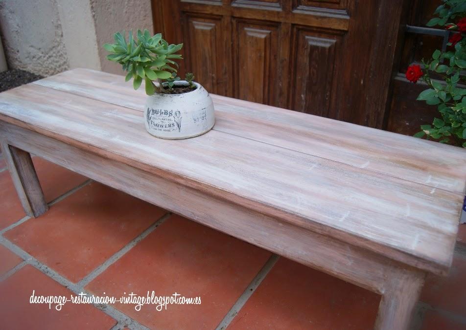 Decoupage transfer y otras t cnicas restauraci n de - Pintar mueble blanco envejecido ...