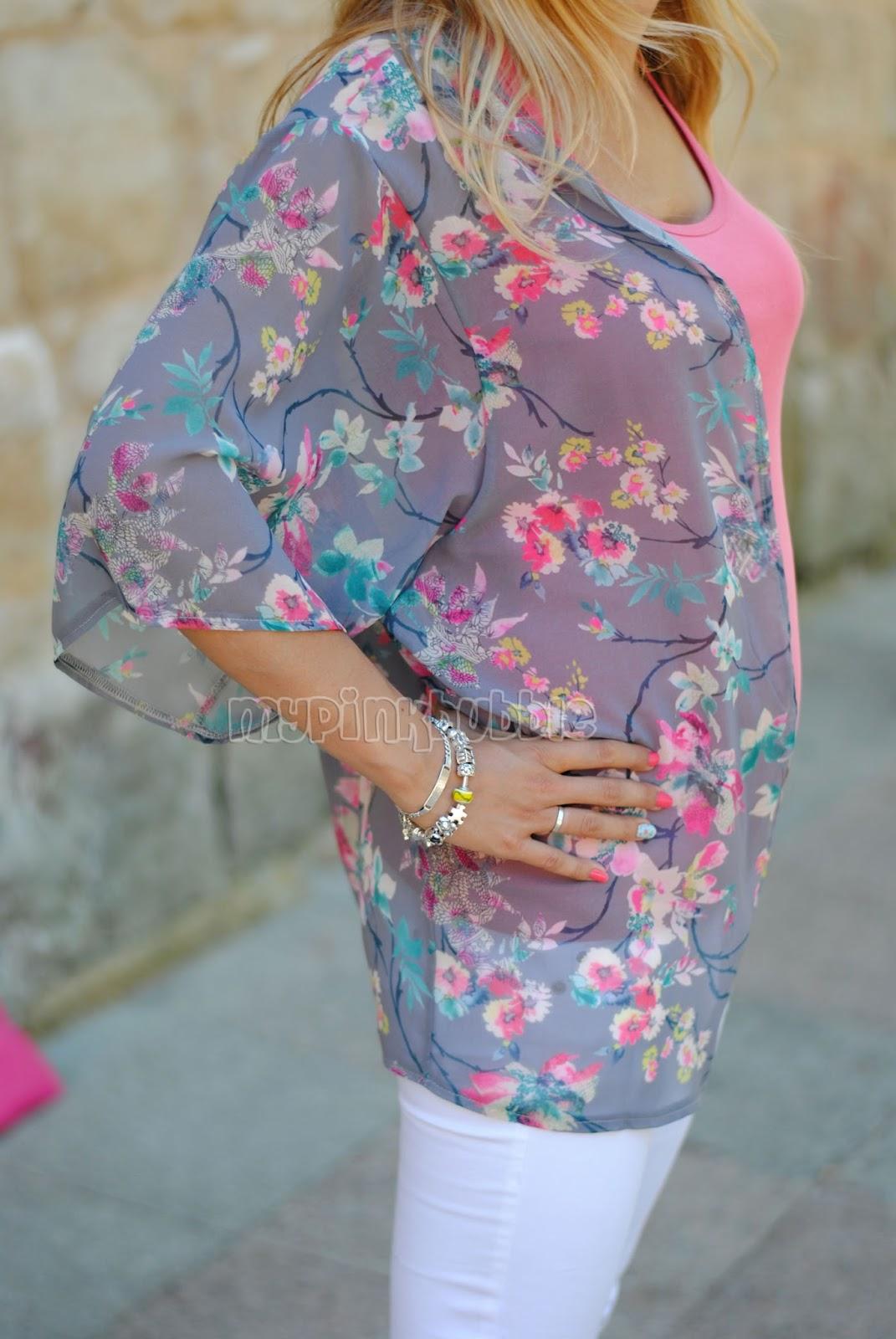 Outfit Kimono Primark detalle