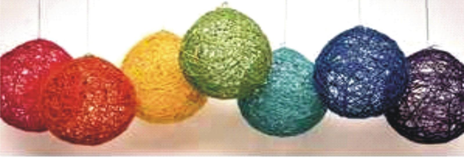 Arte color bola esfera de fique cabuya o lana for Manualidades para ninos con lana