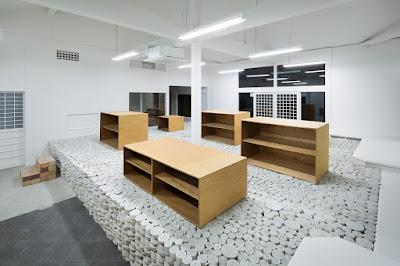 Green Pear Diaries, interiorismo, retail, Maruhiro flagship store, Hasami, Nagasaki, Japón, Yusuke Seki