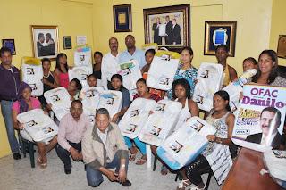 La OFAC realiza entrega canastillas a embarazadas