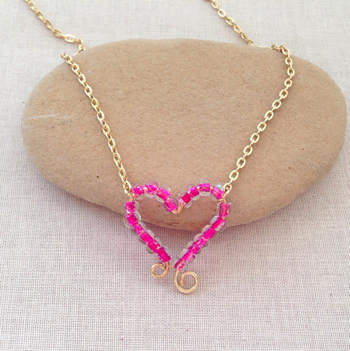 Lisa Yangs Jewelry BlogDIY Beaded Heart Frame Necklace Pendant