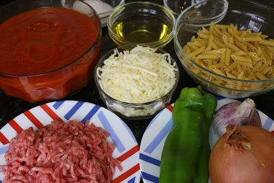 Ingredientes para macarrones con carne y queso