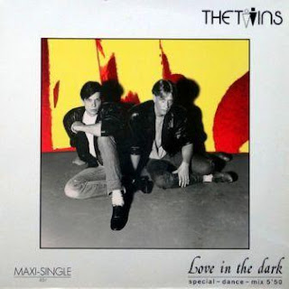 THE TWINS - Love In The Dark (Special-Dance-Mix) (1985)