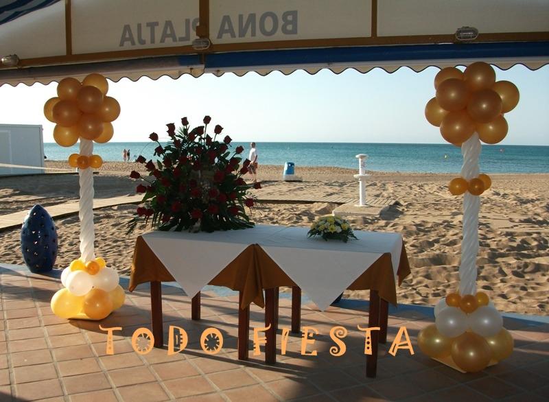 Decoraci n con globos de todo fiesta decoraciones para bodas - Decoracion columnas salon ...