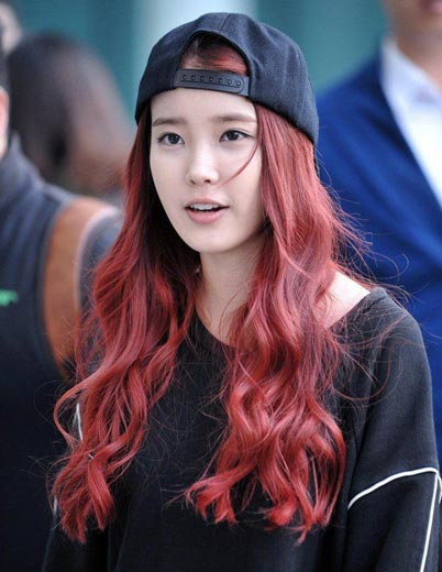 Lee Ji Eun IU hairstyle Red long hair