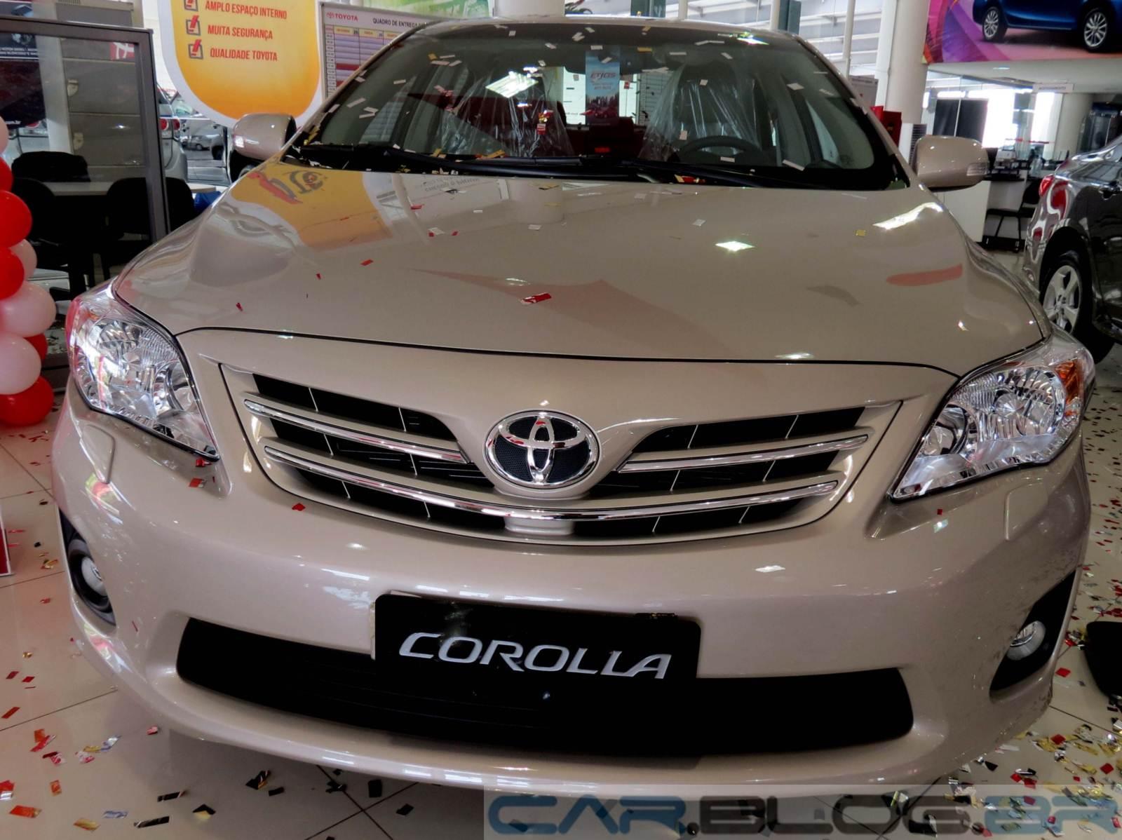 http://2.bp.blogspot.com/-FFxI-OlC-6Y/UU4gNgs4wNI/AAAAAAAA8f4/WRB_TEcj9TA/s1600/Toyota-Corolla-2014-altis%20(1).JPG