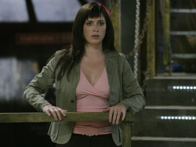 Eve Myles as Gwen Cooper (Torchwood bonus picture)