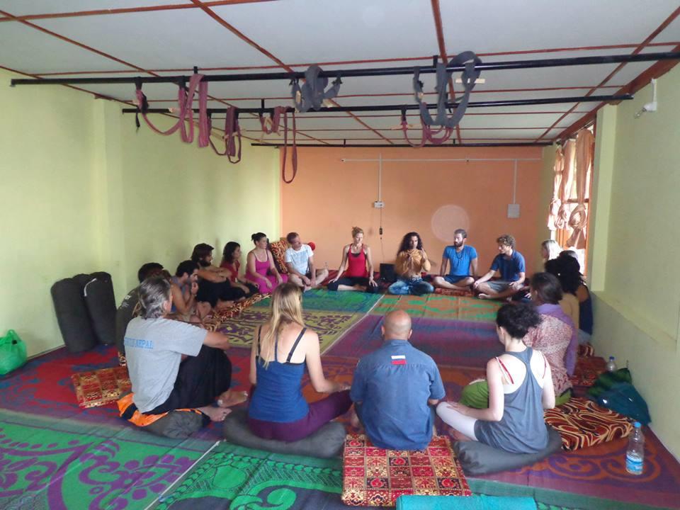 Modern Classroom Certified Trainer : Yoga alliance usa certified rys hours teacher
