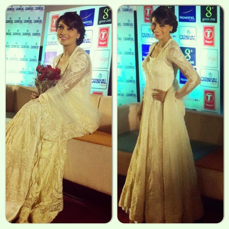 Bipasha Basu at Kolkata to promote her movie