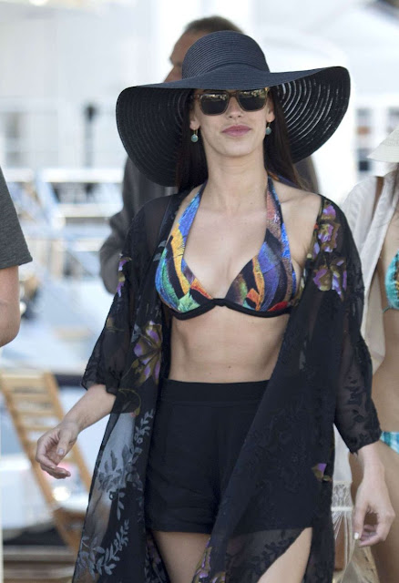 Jessica Lowndes displays Trim Waistline in Bikini Top