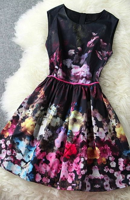Sleeveless Floral Pattern Dress