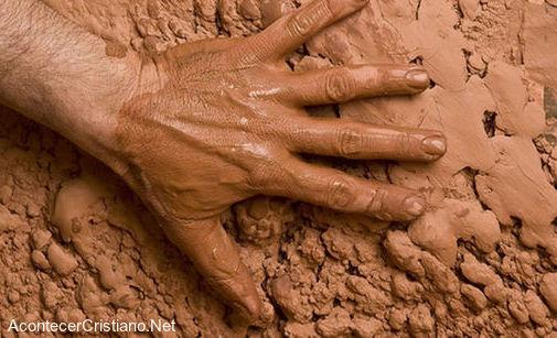 El barro dio origen a la vida humana