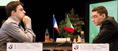 Echecs à Bienne : Maxime Vachier-Lagrave 1/2 Fabiano Caruana © site officiel