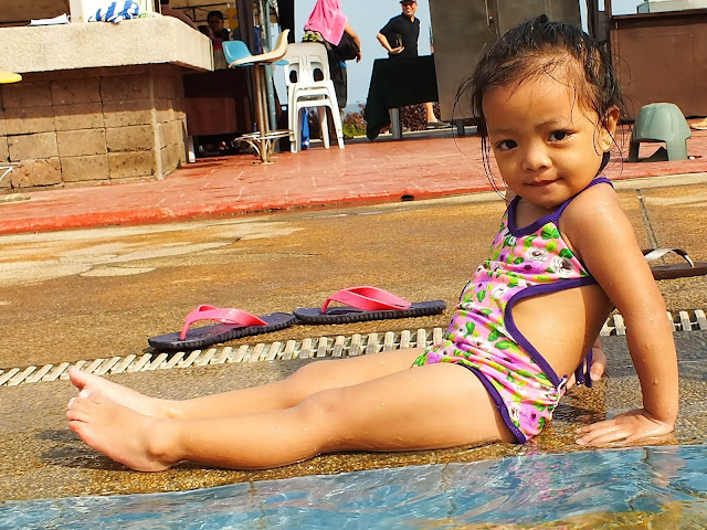My daughter Aya, poolside model?