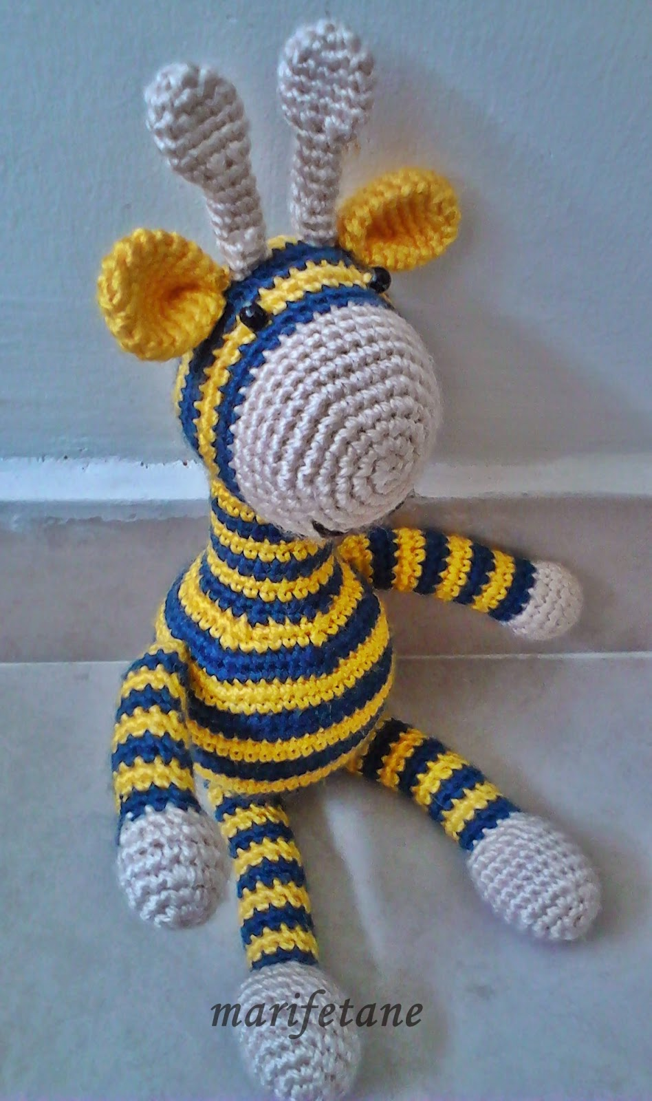 crochet toy giraffe