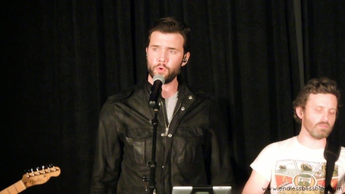 gil mckinney at supernatural con in houston 2015