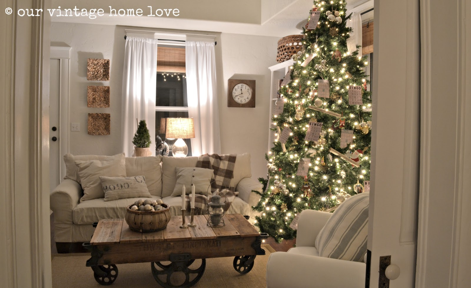 vintage home love 2012 christmas decor ideas - Vintage Christmas Home Decor