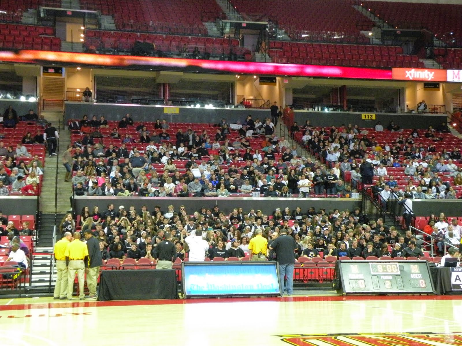 OAKDALE FANS AT XFINITY CENTER