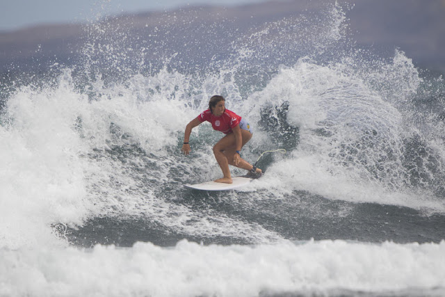 13 Holly Wawn AUS Lanzarote Teguise 2015 Franito Pro Junior Foto_WSL Gines Diaz