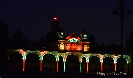 Mysore-Palace-+--Pyramids