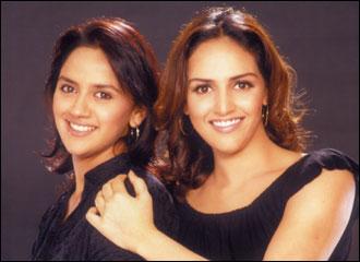 Esha Deol with Sister Ahana Deol