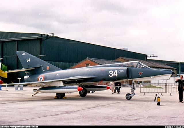 11F 1976