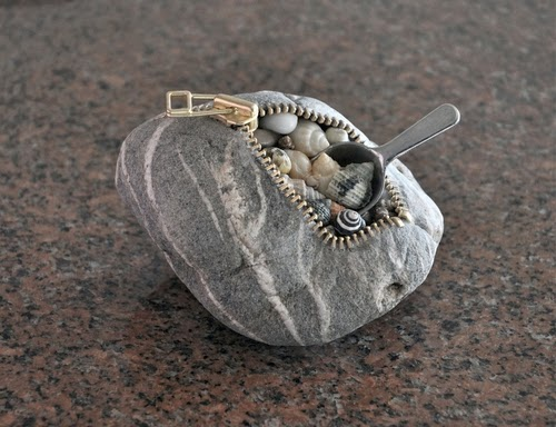 13-Shell-Sculptor-Hirotoshi-Ito-aka-jiyuseki-Stone-Art-Sculptures-www-designstack-co