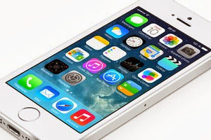 Apple fixes two security flaws in iOS 7