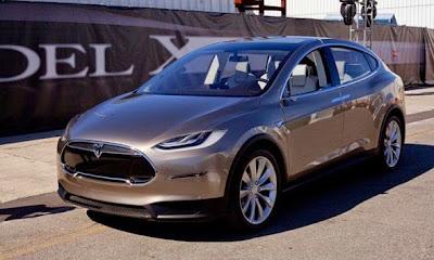 2015 Tesla Model X Front View Model