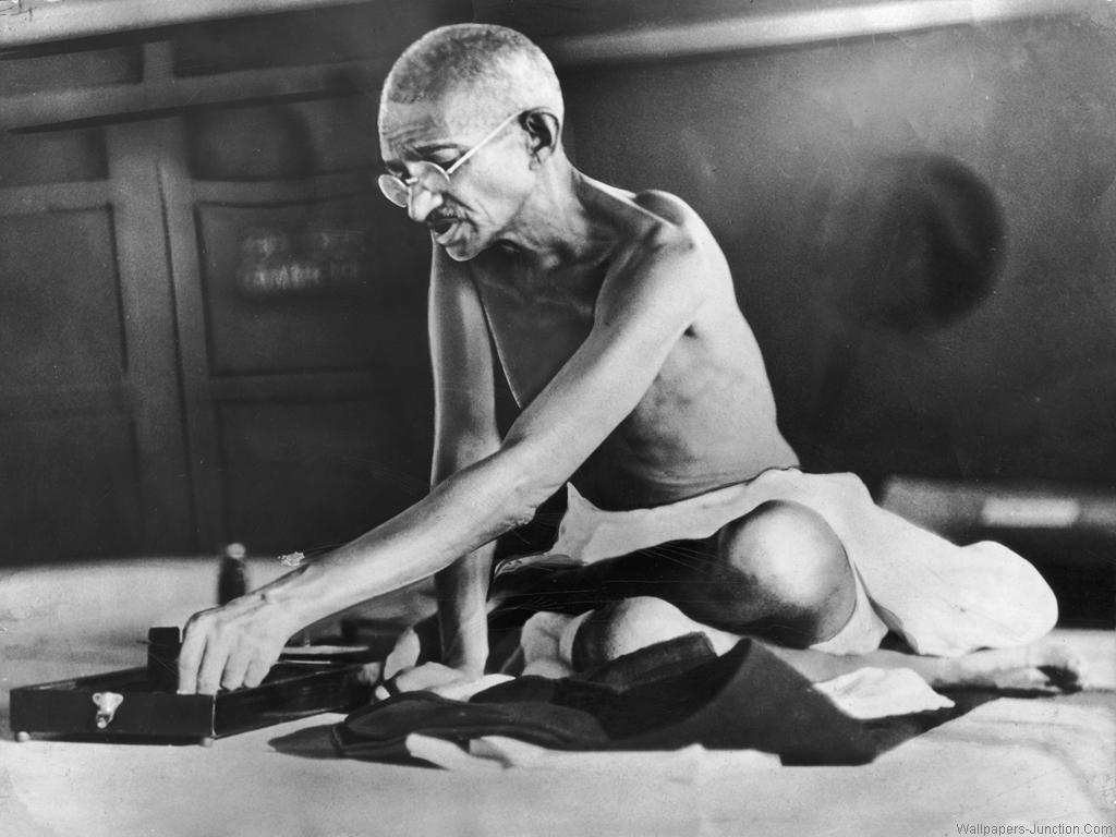 techniques used by mahatma gandhi history essay Essay on mahatma gandhi (mohandas karamchand gandhi)  2015 by team work mahatma gandhi introduction: gandhiji was one of the  s freedom movement during the period from 1919 to 1948 and thus the period is called the 'gandhian era'in indian history importance: he is a well-known world personality he shook off the british imperialism.
